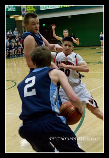 Hockinson Boys Basketball 2-19-20130059