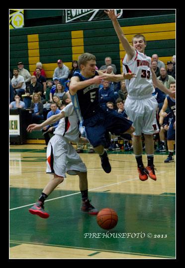 Hockinson Boys Basketball 2-19-20130274